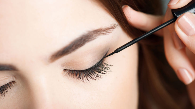 očná linka, oko, líčenie