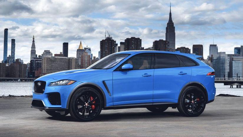 Jaguar-F-Pace SVR-2019-1024-05