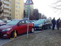parkovanie, Trenčín, papuča