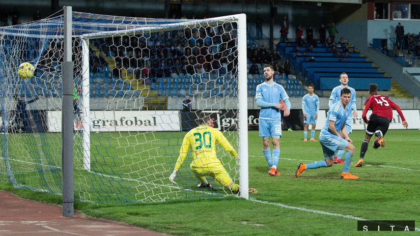 Marvin Egho, Slovan, Spartak
