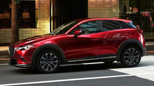 Mazda CX-3: Facelift vybrúsil dizajn aj techniku