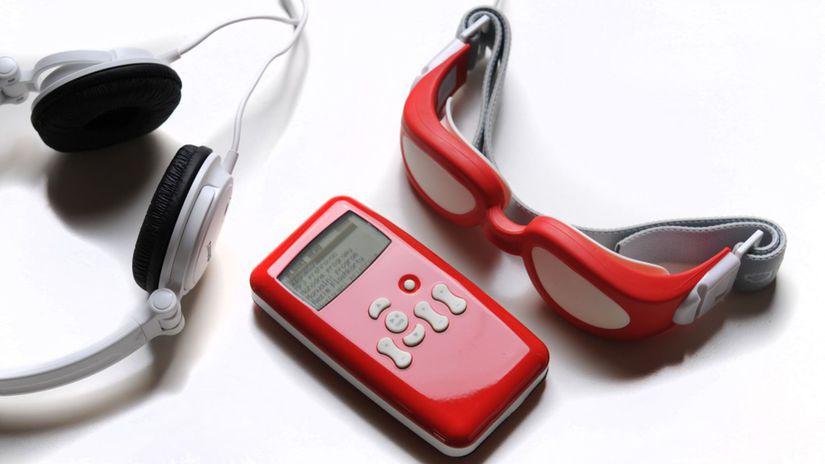 Laxman lezi cervena-1024x680