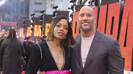 Dwayne Johnson a jeho kolegyňa Naomie Harris