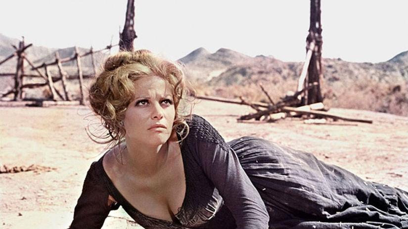 Herečka Claudia Cardinale na snímke z filmu...