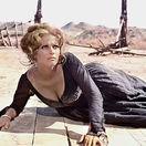 Herečka Claudia Cardinale na snímke z filmu Vtedy na západe z roku 1968.
