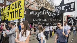 protest, študenti, #niejenamtojedno, Bratislava, za slušné Slovensko