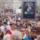 Trestné oznámenie na organizátorov protestov podal človek blízky SaS, tvrdí Smer