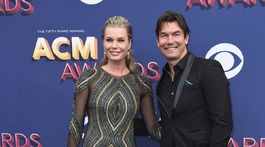 Herečka Rebecca Romijn a jej manžel Jerry O'Connell prišli na vyhlásenie cien spoločne.