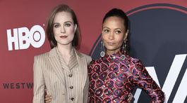 Evan Rachel Wood (vľavo) a jej kolegyňa Thandie Newton