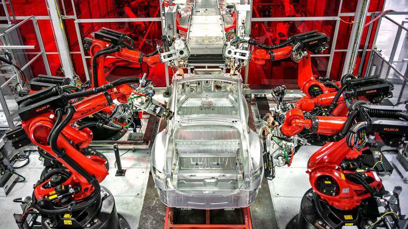 Tesla - výroba Fremont