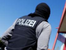Nemecko, policajt, špeciálna operácia, razia, prostitúcia
