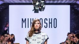 Modelka na prehliadke Miklosko Jar-Leto 2018.