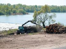stroj výrub Dunaj