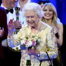 Alžbeta II. oslávila narodeniny na koncerte. Spievali jej samé hviezdy!