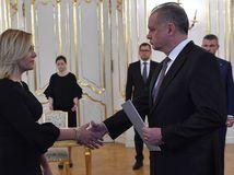 Saková po menovaní za ministerku: Vymenujem dočasného policajného prezidenta
