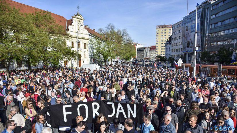 SR Bratislava protest Za predčasné voľby