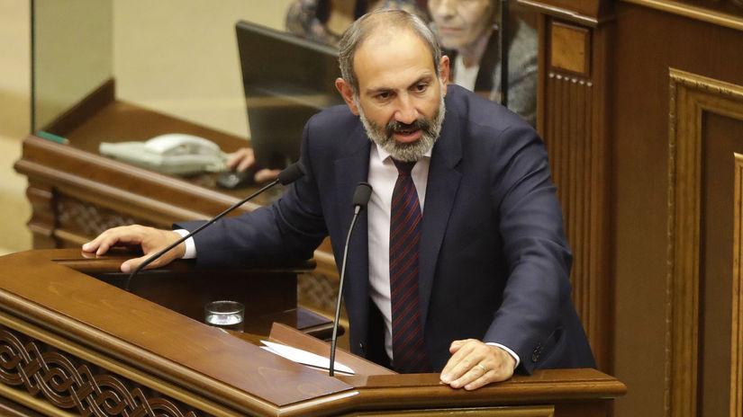 Arménsko parlament premiér neschválenie
