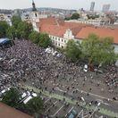 Protest Za slušné Slovensko  - predvečer svadby