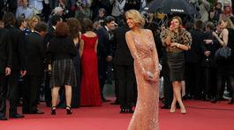 Česká modelka Petra Němcová na festivale v Cannes v roku 2013.