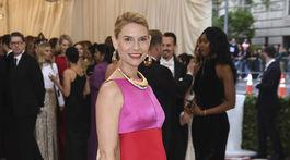 Herečka Claire Danes v šatách z dielne Marni.