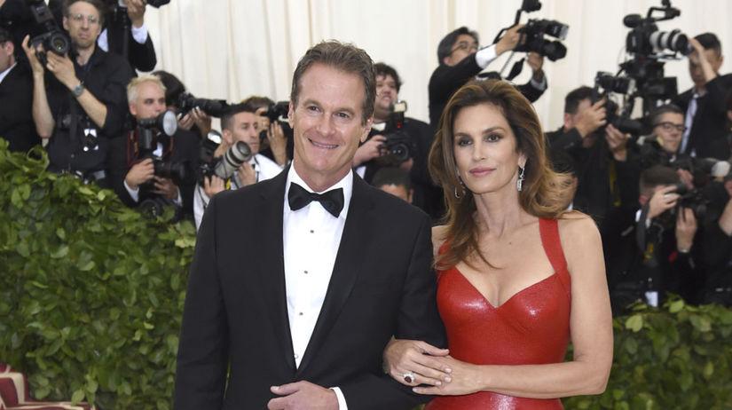 Podnikateľ Rande Gerber a jeho manželka Cindy...
