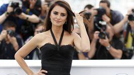 Herečka Penelope Cruz predviedla štíhlu postavu v kreácii Chanel.