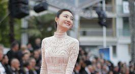 Herečka Wang Likun v kreácii Christian Dior Couture.