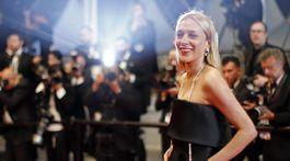 Herečka Chloe Sevigny v kreácii Chanel Couture.