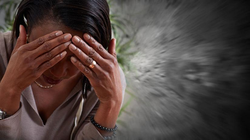 žena, migréna, bolesť hlavy