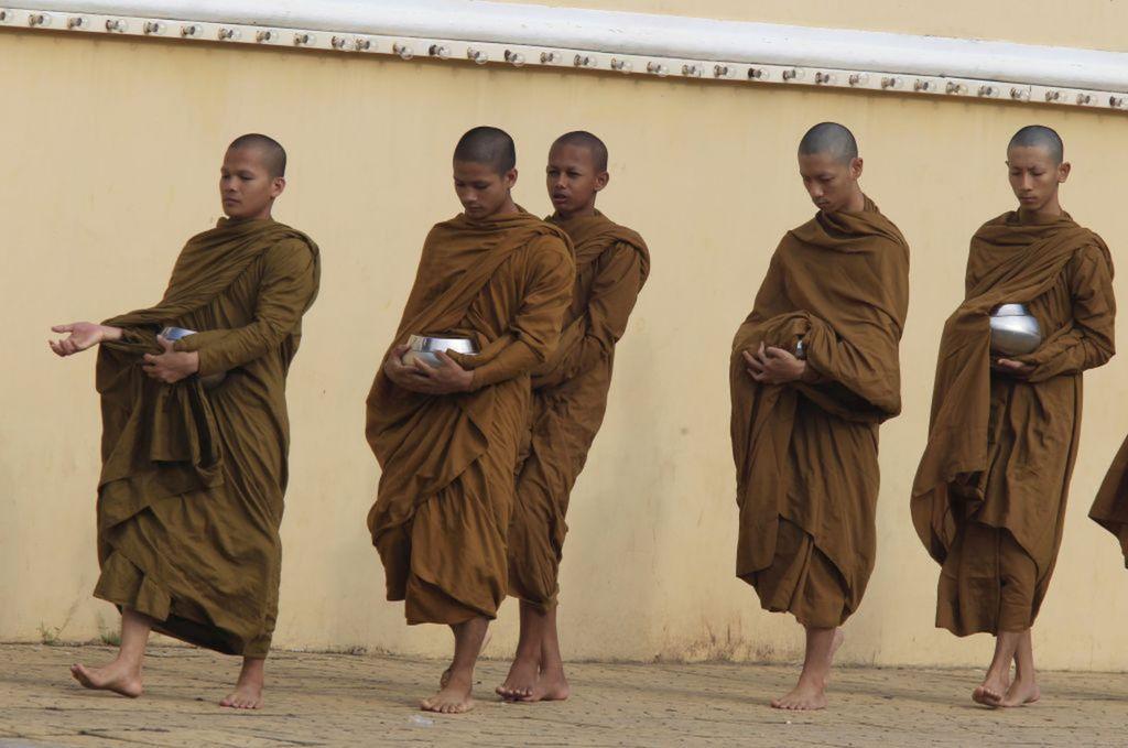 Kambodža, mnísi, budhisti