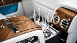 Rolls-Royce-Cullinan-2019-1024-1b