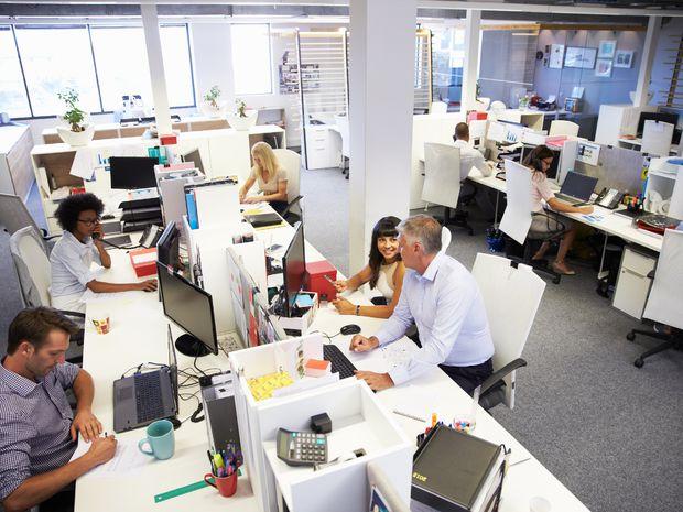 práca, zamestnanie, redakcia, kancelária