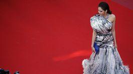 Herečka Araya Hargate v kreácii Jean Paul Gaultier Couture.