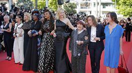 Kristen Stewart, Lea Seydoux, Khadja Nin a Ava DuVernay, jej prezidentka Cate Blanchett a režisérka Agnes Varda