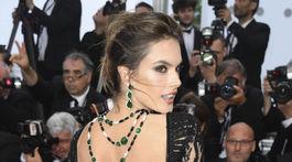 France Cannes 2018 BlacKkKlansman Modelka Alessandra Ambrosio v kreácii od Zuhaira Murada. Carpet
