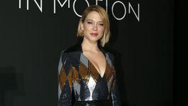 Herečka a členka poroty Lea Seydoux v kreácii Louis Vuitton.