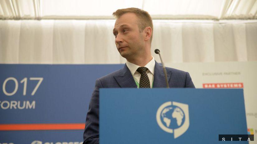 GLOBSEC, Róbert Vass