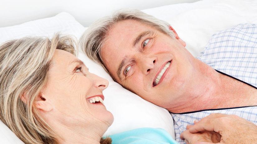 sex, starí ľudia, spánok, posteľ