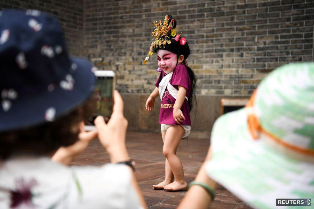 Čína, dieťa, kostým, fotenie