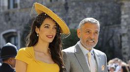 Amal Clooney a  George Clooney dostali pozvanie na kráľovskú svadbu.