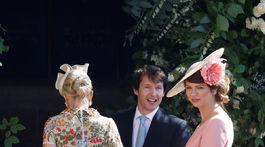 Spevák James Blunt je priateľom princa Harryho. Aj preto nechýba na svadobnej oslave.
