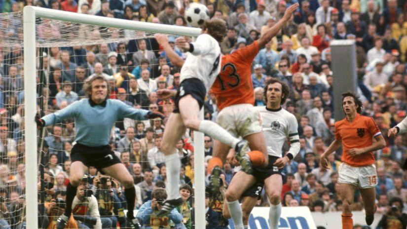 Franz Beckenbauer, Sepp Maier, Johan Cruyff,...