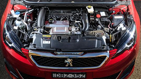 Peugeot 308 GTi je ďalšia obeť emisií. Automobilka zastavuje výrobu