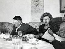 Hitler spáchal samovraždu, potvrdili vedci