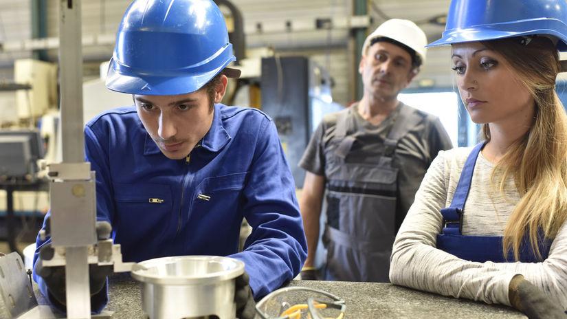 študenti, práca, fabrika, prax