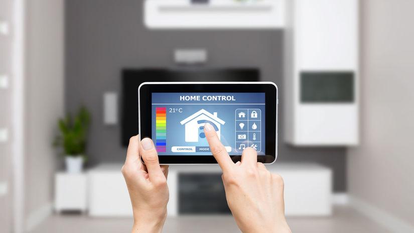inteligentná domácnosť, tablet, telefón