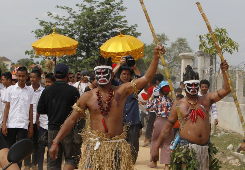 Kambodža, domorodci