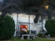 Požiar haly v Dunajskej Strede