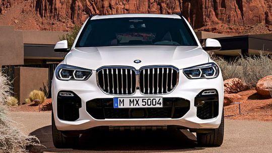 BMW X5: Unikli snímky nového SUV. Prekvapí prepojenými ľadvinkami