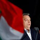 Orbán varoval Slovensko pred Sorosom